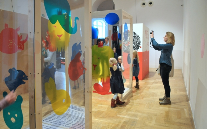 I Read Here. Contemporary Polish Illustration for Children, opening of the exhibition, 20.02.2016, photo by Marek Krzyżanek