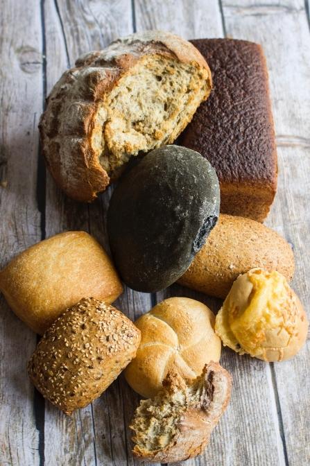 ポーランドにとってパンは伝統的な食文化のひとつ。各地域によって独自のパンがある。photo by Magdalena Tomaszewska-Bolałek