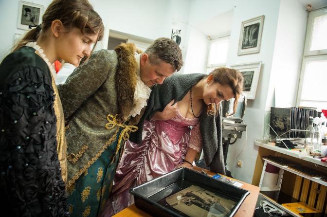 アトリエ内にはグジェゴシュの作品をみることもできる。