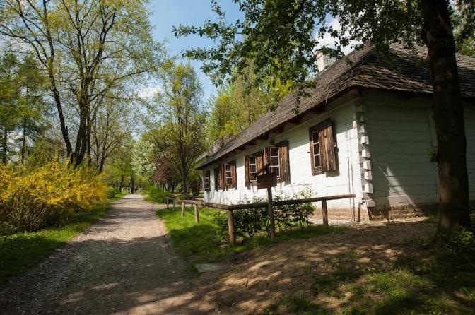 農村エリアはのどかな風景が広がる。