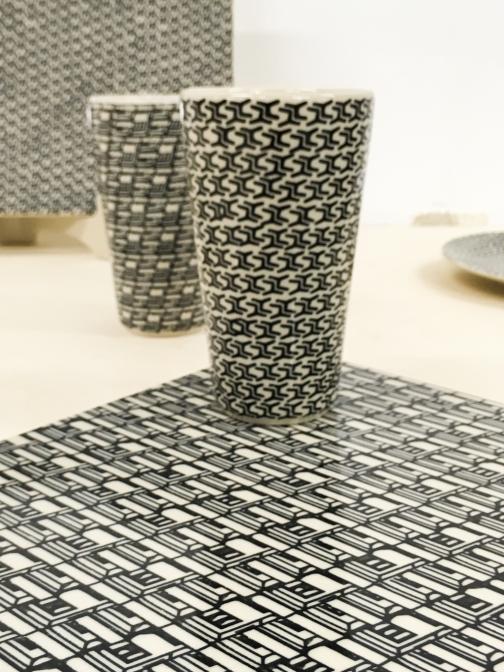 「plopp」スチール椅子で有名なポーランド生まれのプロダクトデザイナーOskar Zietaによるコレクション。