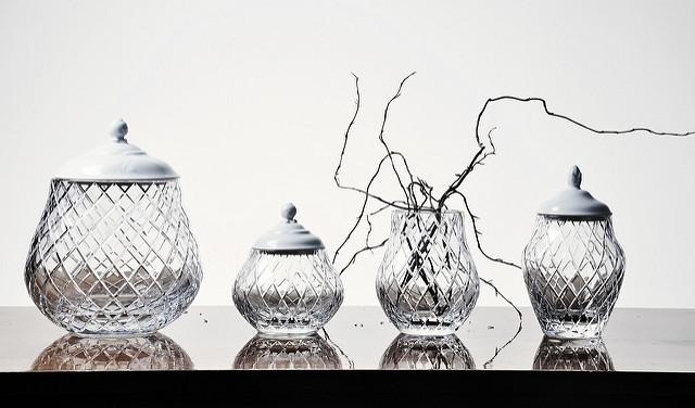 クリスタルグラスメーカー 、ユリア社(Julia)のBlancaコレクション。デザイナーElżbieta Trzewiczek Pietkiewicz 、Sebastian Pietkiewicz